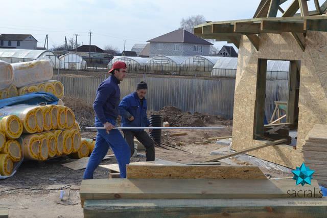 Рабочий процесс обшивки нижних уровней купольного дома Состояние на 31 марта 2017