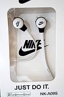Вакуумні навушники Nike - Just Do It яскраво білі, фото 1