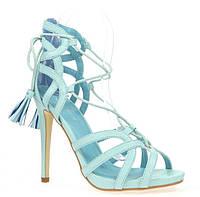 Женские босоножки на каблуке голубого цвета