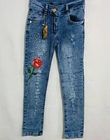 Детские джинсы рваные с розой