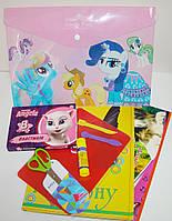 Подарочный набор в папке для девочки 7 предметов, ассорти