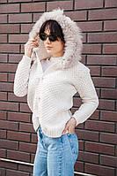 :Женская вязаная кофта с капюшоном