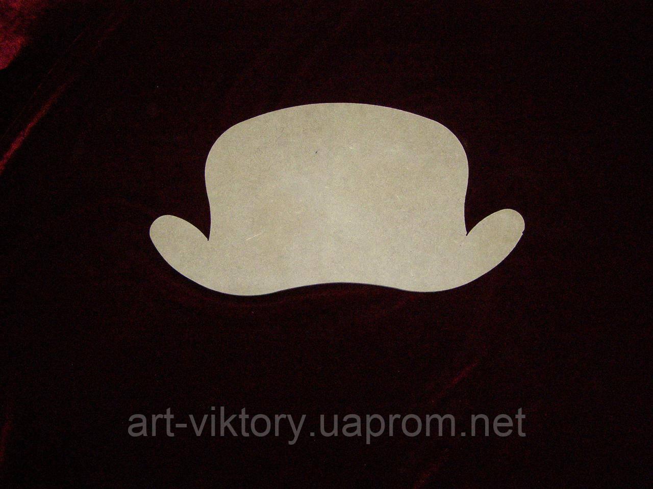 Шляпа (29 х 15 см), декор