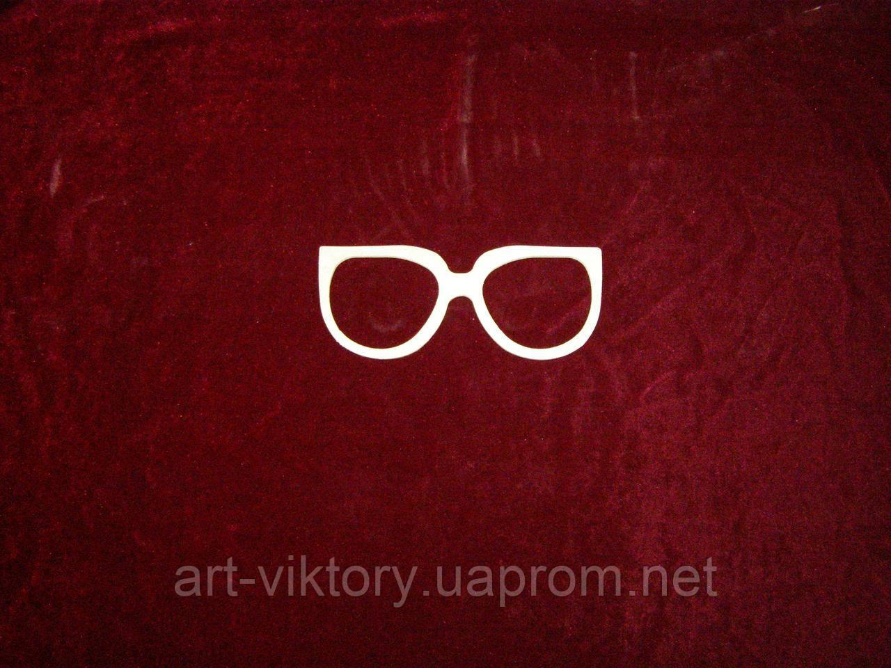 Очки (19 х 8 см), декор