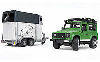 Джип Bruder Land Rover Defender с прицепом для перевозки лошадей с лошадкой М1:16 (02592)