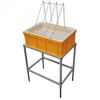 Стол для распечатки сот с ванночкой пластиковой 200 мм, сито пластиковое.