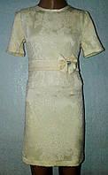 Прямое детское платье с поясом, кремовое