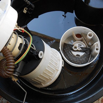 Замена фильтра топливного в баке