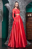 Красное выпускное платье с длинной пышной юбкой