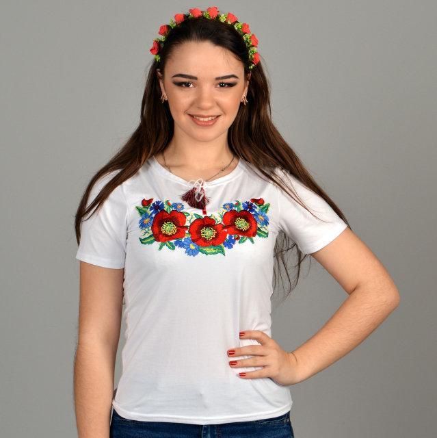 Белая футболка с вышивкой Соломия