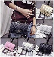 Женская сумка клатч Trendy с красной подкладкой на цепочке