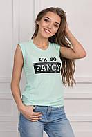 Женская футболка лаконичного фасона