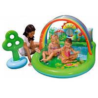 Детский надувной игровой центр Intex 57421: фонтаны, надувное дерево, мячики, 224х150х99 см