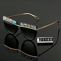 Женские стильные очки Hend Made с цветами черные