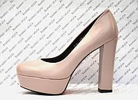 Туфли  на толстом устойчивом каблуке
