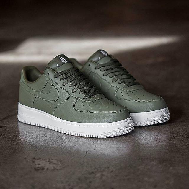 Кроссовки женские Nike Air Force Lab 1 Low 30414 зеленые