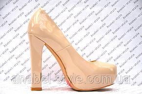 Туфли лаковые на толстом устойчивом каблуке цвета пудры, фото 2