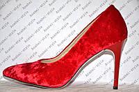 Туфли лодочки женские на шпильке велюр красного цвета