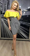 Женское платье с воротником-воланом