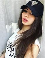Женская стильная кепка с рисунком