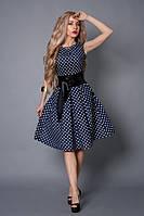 Женское платье красивого дизайна