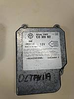 Блок управления AIRBAG аирбаг 1C0909605, фото 1
