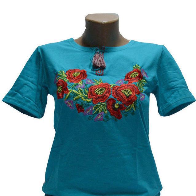Бирюзовая футболка на короткий рукав с вышивкой Роксолана