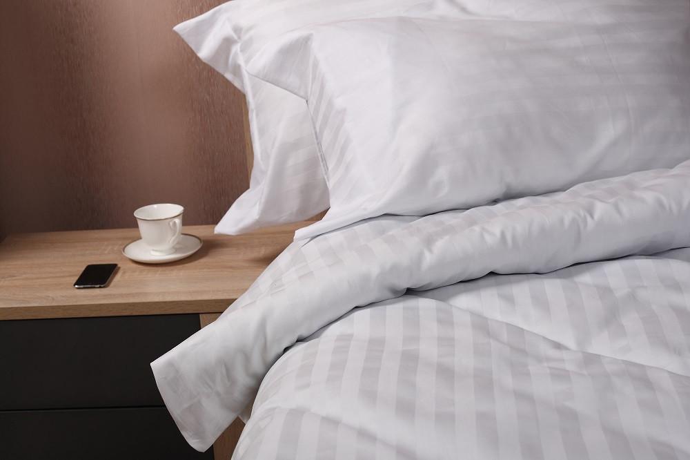 Комплект постельного белья двуспальный White Stripe ТМ Marca Marco Milano