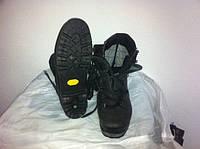 Взуття LOWA Vibram Gore-Tex б.в.