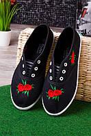 Кеды с цветами на носке чёрные женские  O-13612