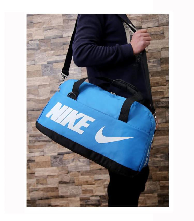 Спортивная сумка Nike синяя с белым логотипом (реплика)