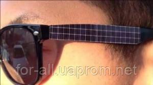 Брендовые очки Ray Ban и концепция зарядного устройства для iPhone