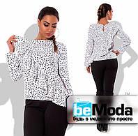 Блуза с диагональной рюшей белая