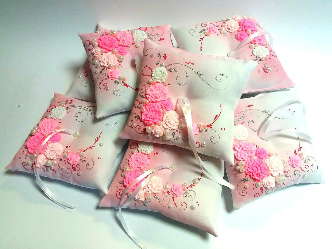 Подушечка для кілець рожева