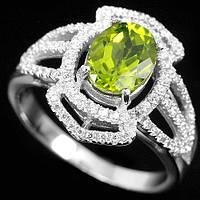 Серебряное кольцо с натуральным хризолитом(перидот,оливин)