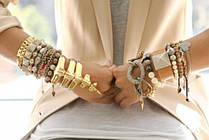 Женские браслеты