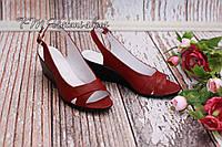 Бордовые кожаные женские босоножки, фабричная обувь