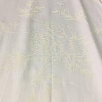 Сатин с молочными цветами на белом фоне, ширина 220 см, фото 1