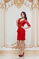 Блуза красная с гипюром