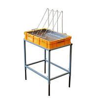 Стол для распечатки сот с ванночкой пластиковой 100 мм, сито нержавеющая сталь
