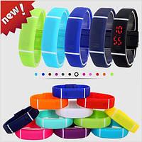 Часы браслет 4 цвета чёрный синий белый фиолетовый