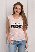 Стильная стрейчевая футболка цвета пудры, с принтом надписсю