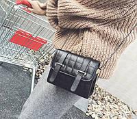 Стеганая Fashion сумка сундучок с лямками