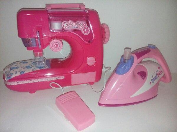 Детский игровой набор швейная машинка и утюг