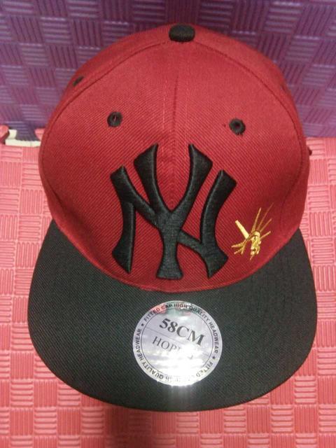 Головные уборы (шапки,бейсболки)