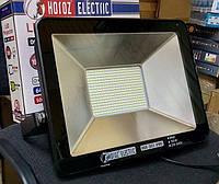 Яркий влагозащищенный  светодиодный прожектор 100 Вт