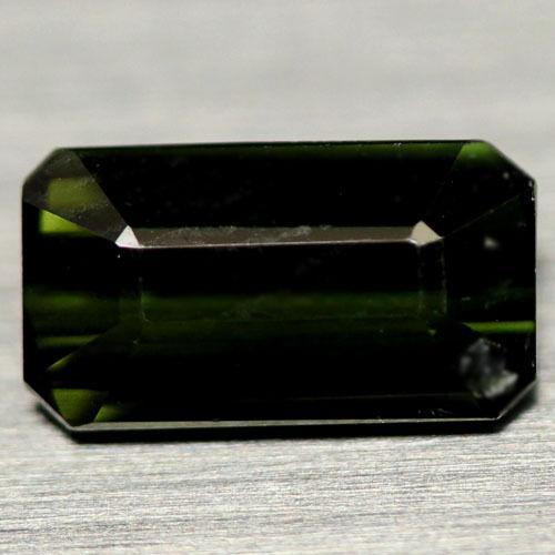 1.07 кт Природний темно-зелений турмалін Нігерії 4,5 X 8,2 X 3,0 мм