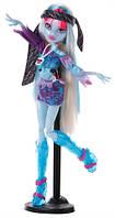Кукла Монстер Хай Эбби Боминейбл Музыкальный фестиваль (Monster High Abbey Bominable Music Festival)
