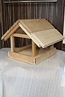 Деревянная кормушка для птиц