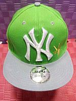 Бейсболка New York салатовая
